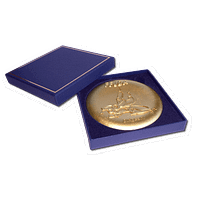 Gift Box - For 90mm / 3.5″ medals - Measures: 10.5 x 10.5 x 1.5cm - 4.1 x 4.1 x 0.6″