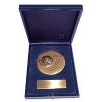 Rectangular Jewellery Box - With a 73mm (2.9″) medal and a plate for customized engraving